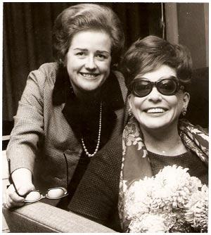 Brigitte Pettersson med Zarah Leander 1968 Från